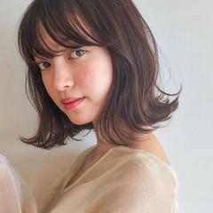 フェミニン 大人かわいい ゆるふわ レイヤーカット ヘアスタイルや髪型の写真・画像