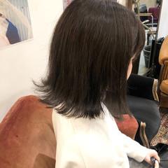 ブルージュ 外ハネ ナチュラル 暗髪 ヘアスタイルや髪型の写真・画像