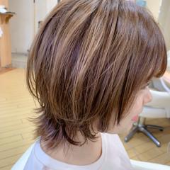 マッシュウルフ ミディアム ウルフカット ウルフ女子 ヘアスタイルや髪型の写真・画像