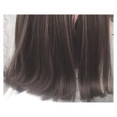 グレージュ アッシュ ボブ デート ヘアスタイルや髪型の写真・画像