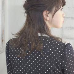 ウェットヘア 抜け感 ナチュラル ヘアアレンジ ヘアスタイルや髪型の写真・画像