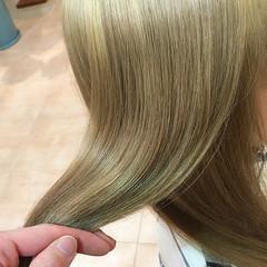 ブリーチ ダブルカラー トリートメント モード ヘアスタイルや髪型の写真・画像