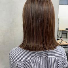 極細ハイライト コントラストハイライト グレージュ ミディアム ヘアスタイルや髪型の写真・画像