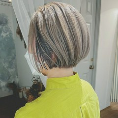 白髪染め 秋 モード グラデーションカラー ヘアスタイルや髪型の写真・画像