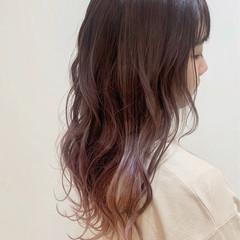 ガーリー セミロング ピンクベージュ ピンクカラー ヘアスタイルや髪型の写真・画像