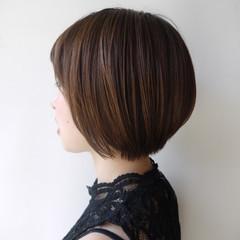 ショート 小顔 コンサバ ショートボブ ヘアスタイルや髪型の写真・画像