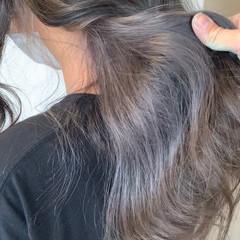 透明感カラー インナーカラー グレー デザインカラー ヘアスタイルや髪型の写真・画像