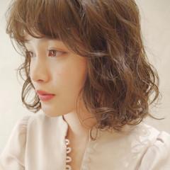 巻き髪 ゆる巻き 簡単ヘアアレンジ ゆるふわパーマ ヘアスタイルや髪型の写真・画像