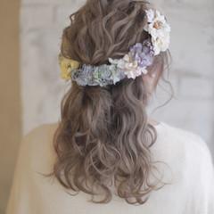 結婚式 大人かわいい 外国人風 セミロング ヘアスタイルや髪型の写真・画像