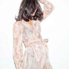 コンサバ ボブ グラデーションカラー アッシュ ヘアスタイルや髪型の写真・画像