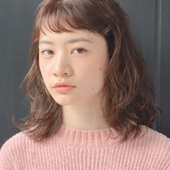 大人かわいい ミディアム 春ヘア ベージュ ヘアスタイルや髪型の写真・画像