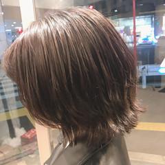 外ハネ ウルフカット ショート ナチュラル ヘアスタイルや髪型の写真・画像