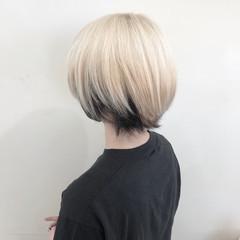 ショート フェミニン ベリーショート ウルフカット ヘアスタイルや髪型の写真・画像