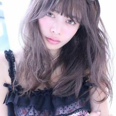 外国人風 ガーリー ゆるふわ フェミニン ヘアスタイルや髪型の写真・画像