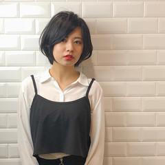 大人ショート ショートヘア ショートボブ ナチュラル ヘアスタイルや髪型の写真・画像