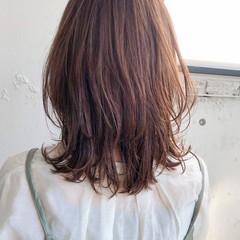 透明感カラー 韓国ヘア ナチュラル ウルフカット ヘアスタイルや髪型の写真・画像