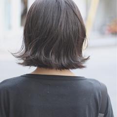 ナチュラル 切りっぱなし ボブ デート ヘアスタイルや髪型の写真・画像