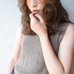 かっこいい 大人女子 ナチュラル セミロング ヘアスタイルや髪型の写真・画像