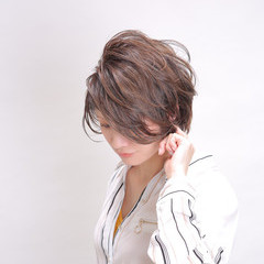大人ハイライト ショートヘア ショート ミニボブ ヘアスタイルや髪型の写真・画像