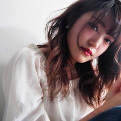 大人女子 フリンジバング 小顔 ニュアンス ヘアスタイルや髪型の写真・画像
