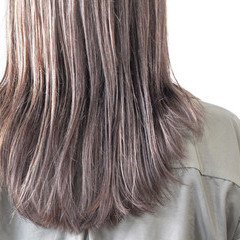 ハイライト 3Dハイライト グレージュ ナチュラル ヘアスタイルや髪型の写真・画像