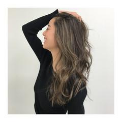 巻き髪 ジェシカライツカラー 大人ハイライト エレガント ヘアスタイルや髪型の写真・画像