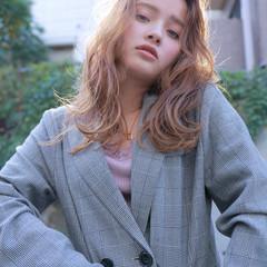 波ウェーブ 外国人風カラー セミロング ミディアム ヘアスタイルや髪型の写真・画像