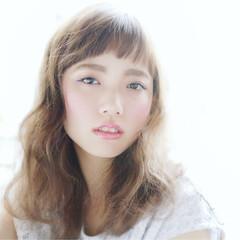 パーマ ウェーブ ミディアム 外国人風カラー ヘアスタイルや髪型の写真・画像
