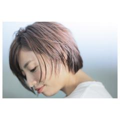 レイヤーカット 外国人風 大人かわいい ストリート ヘアスタイルや髪型の写真・画像
