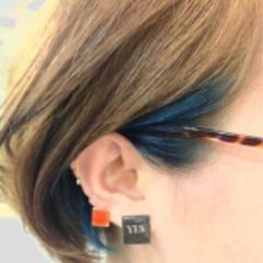 抜け感 ブルー ボブ 耳かけ ヘアスタイルや髪型の写真・画像