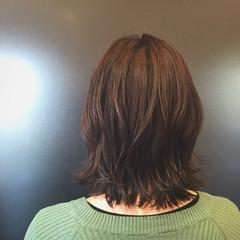 伸ばしかけ 大人可愛い 切りっぱなし イルミナカラー ヘアスタイルや髪型の写真・画像