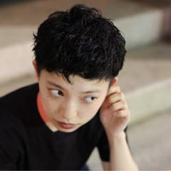 ショート グレー 暗髪 黒髪 ヘアスタイルや髪型の写真・画像