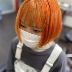 ボブ 裾カラーオレンジ オレンジ 切りっぱなしボブ ヘアスタイルや髪型の写真・画像