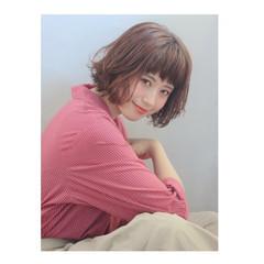 色気 ベージュ ボブ フェミニン ヘアスタイルや髪型の写真・画像