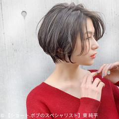 ショートボブ グレージュ ショート ショートヘア ヘアスタイルや髪型の写真・画像