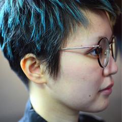 ボーイッシュ ハイトーン かっこいい ショート ヘアスタイルや髪型の写真・画像