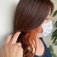 ミディアム インナーカラーオレンジ 可愛い ナチュラル可愛い ヘアスタイルや髪型の写真・画像