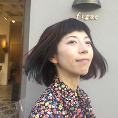 インナーカラー ボブ 大人女子 カラフルカラー ヘアスタイルや髪型の写真・画像