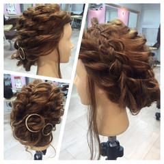 ヘアアレンジ 編み込み 裏編み込み フィッシュボーン ヘアスタイルや髪型の写真・画像