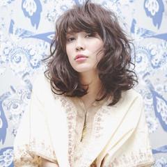 斜め前髪 ミルクティー ミディアム 春 ヘアスタイルや髪型の写真・画像