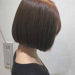 グレージュ アッシュ ミルクティー ボブ ヘアスタイルや髪型の写真・画像
