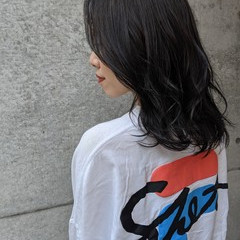 ミディアム ミディアムレイヤー グレージュ 秋冬スタイル ヘアスタイルや髪型の写真・画像