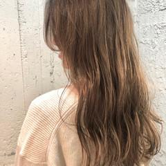 ゆるウェーブ 巻き髪 ナチュラル イルミナカラー ヘアスタイルや髪型の写真・画像