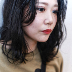 ブリーチ グラデーションカラー ダブルカラー ミディアム ヘアスタイルや髪型の写真・画像