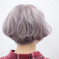 ホワイト ブリーチ モード ハイトーン ヘアスタイルや髪型の写真・画像