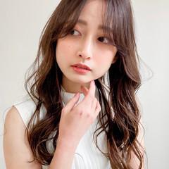 デジタルパーマ 似合わせカット フェミニン 韓国風ヘアー ヘアスタイルや髪型の写真・画像