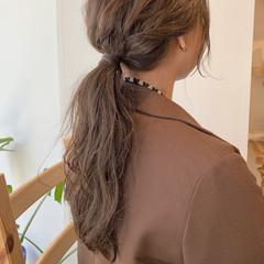 ミルクティーベージュ アッシュベージュ シアーベージュ ロング ヘアスタイルや髪型の写真・画像