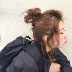 ヘアアレンジ お団子 ガーリー ミディアム ヘアスタイルや髪型の写真・画像