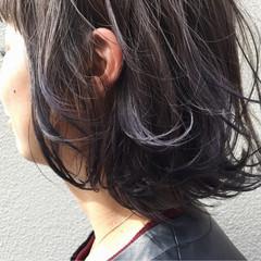 ボブ ストリート グレーアッシュ グレージュ ヘアスタイルや髪型の写真・画像