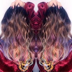 ハイライト ピンク 外国人風 グラデーションカラー ヘアスタイルや髪型の写真・画像